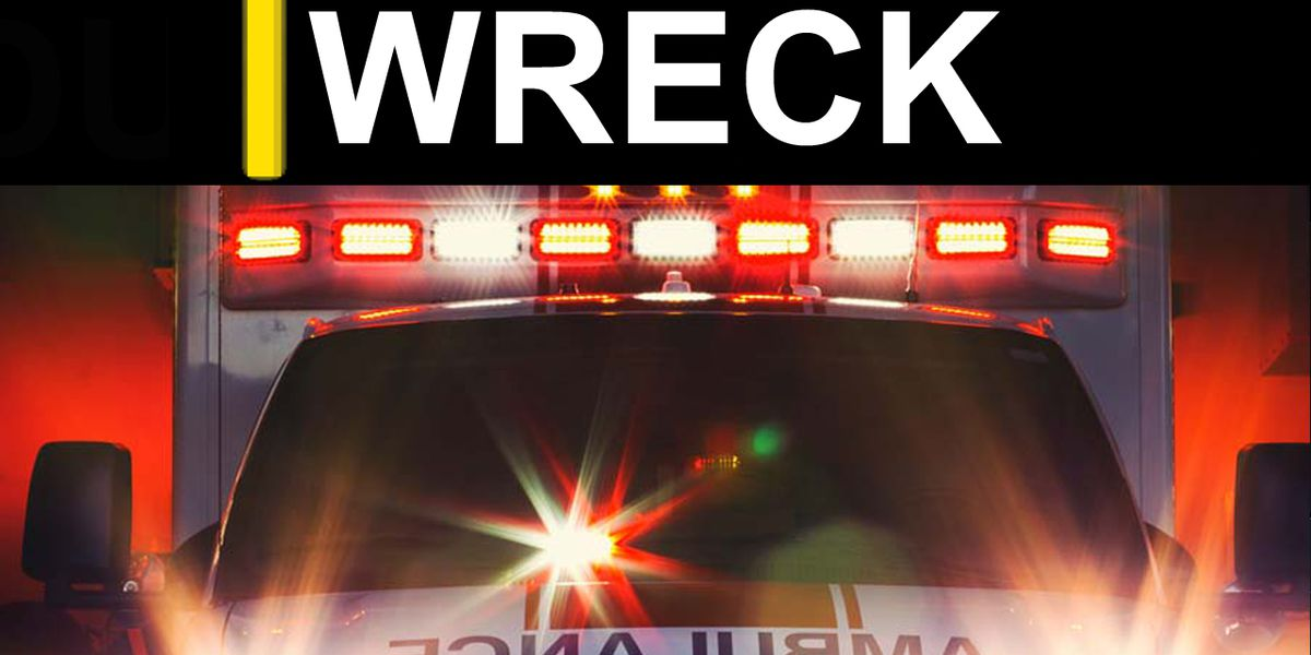 2 airlifted following Grady Co. wreck