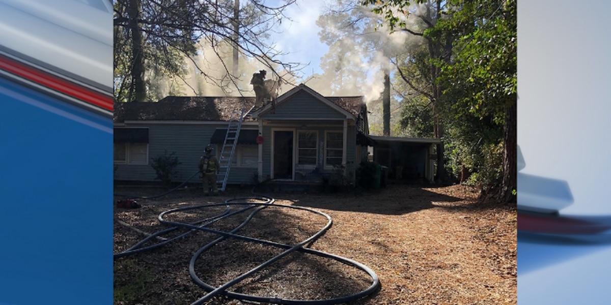 1 displaced after Valdosta house fire