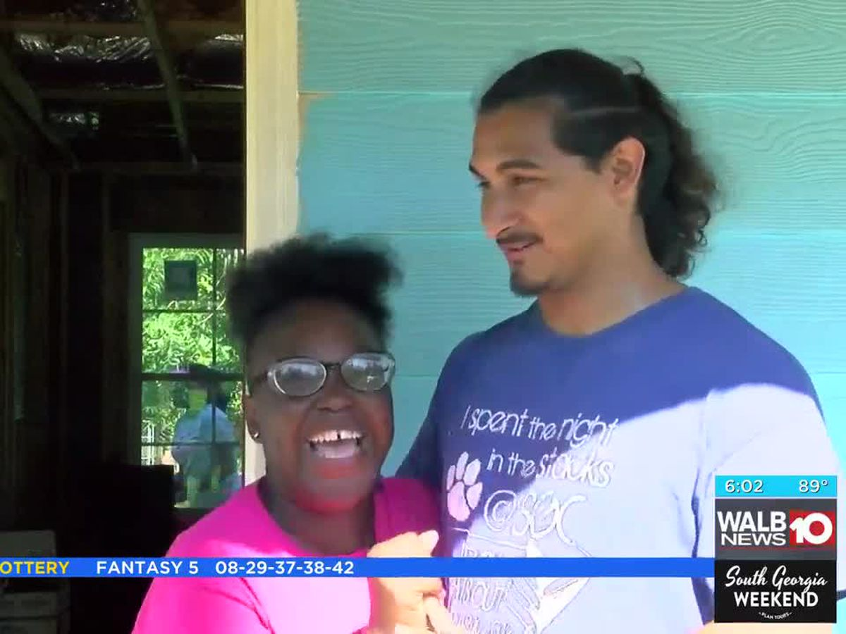 'Our first home': Organizations help provide home for Leesburg couple
