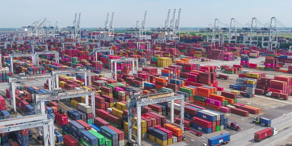 Savannah takes top spot for U.S. container shipping