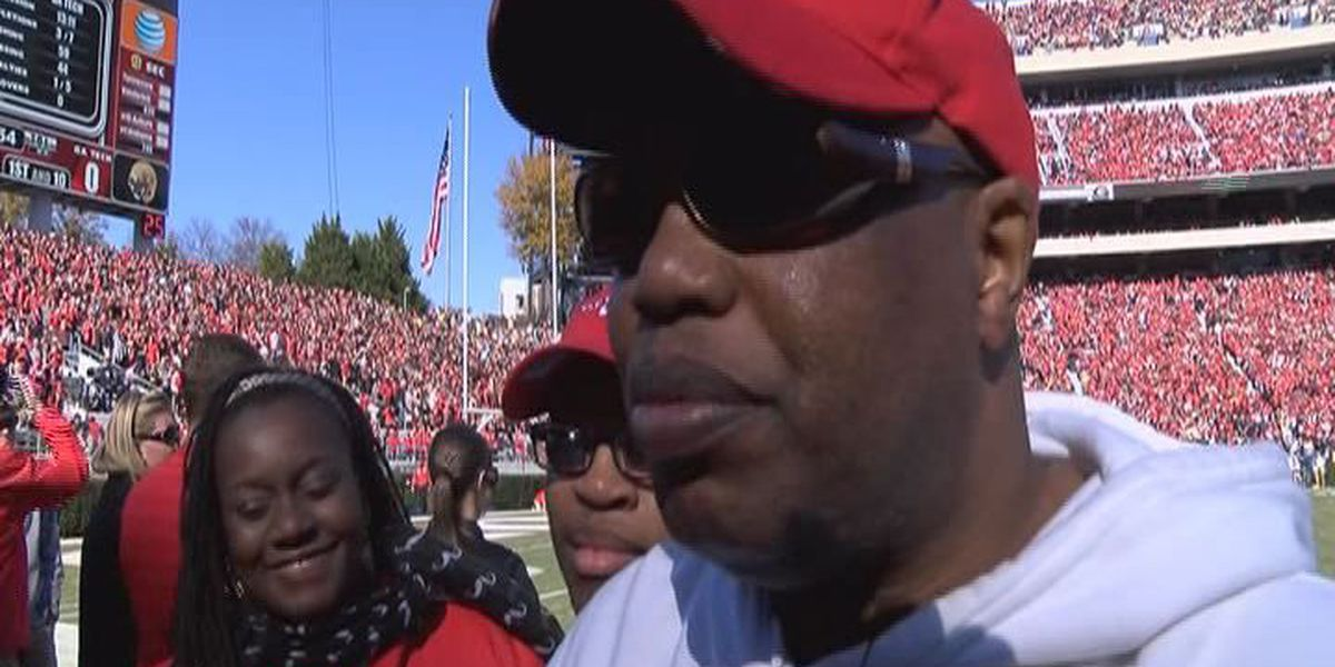 Man who won tickets to Georgia rivalry game, makes first steps onto field