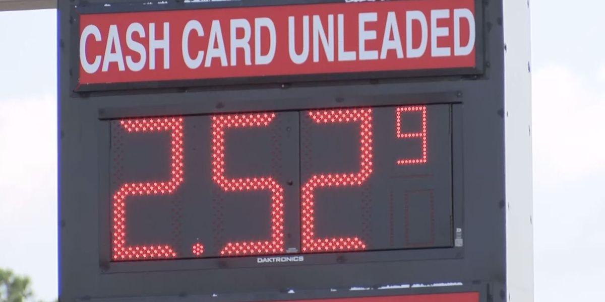 AAA: 'We expect the price of gasoline to continue to decline'