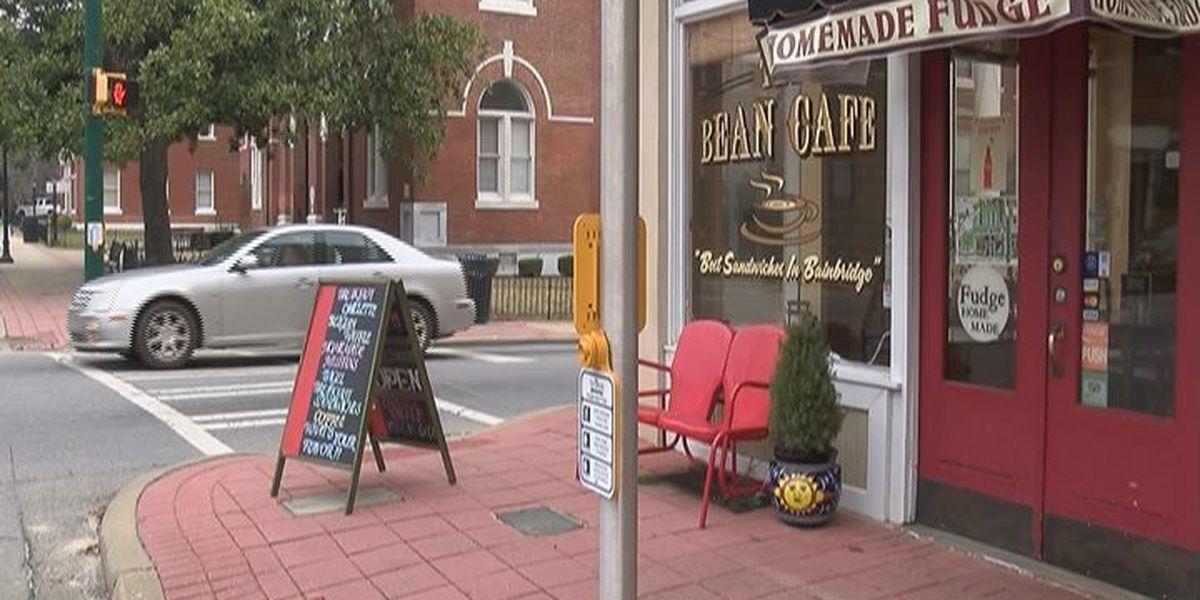 Bainbridge invites couples to celebrate Valentine's Day downtown