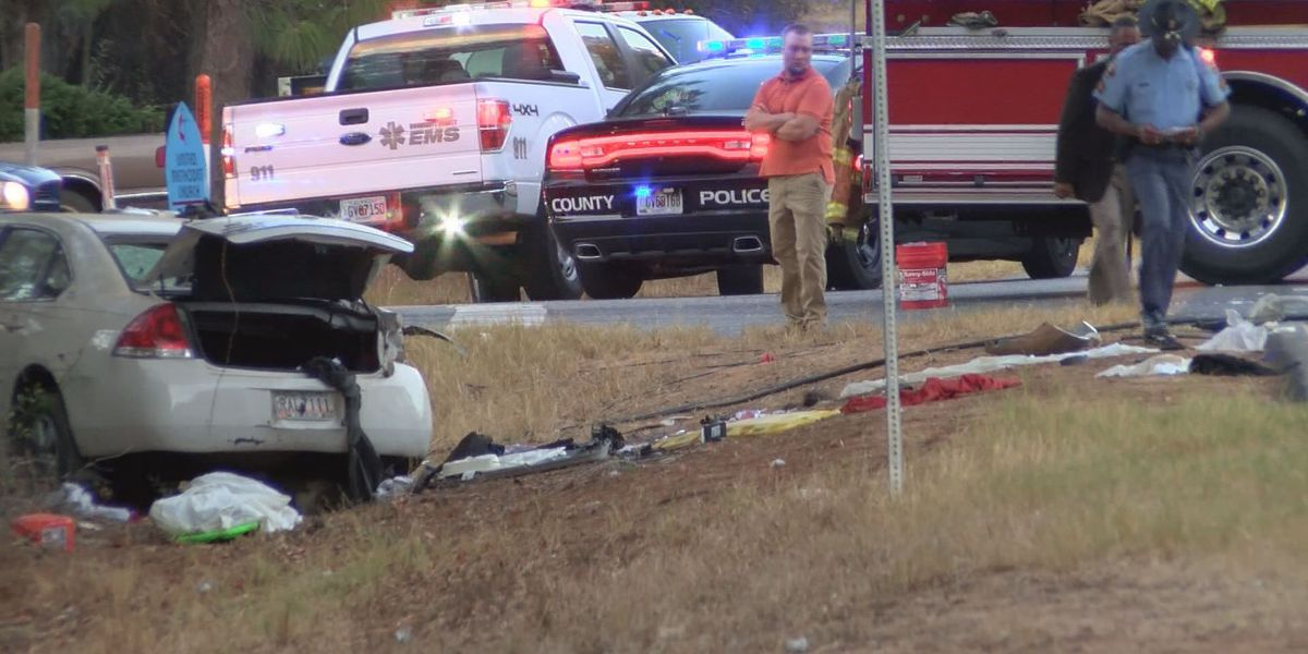 8-year-old girl, DCP officer killed in Dougherty County crash