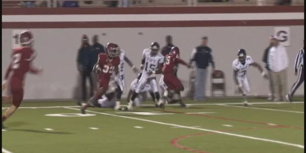 WALB PLAY OF THE WEEK (11/10/14): Lowndes' Copeland cuts back for score