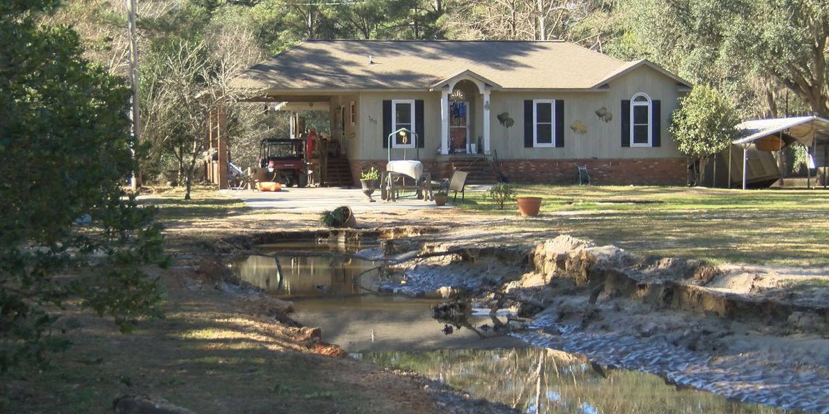 Receding creeks prompt folks to return