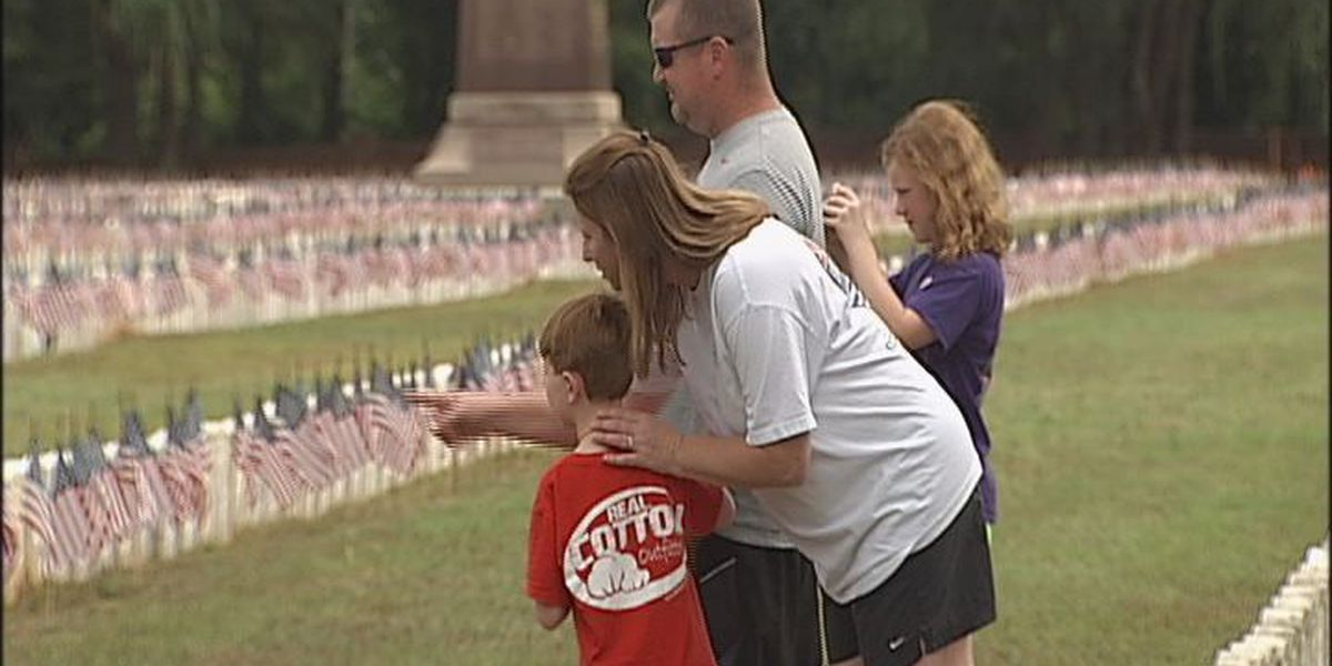 Dozens remember fallen soldiers at Andersonville National Cemetery