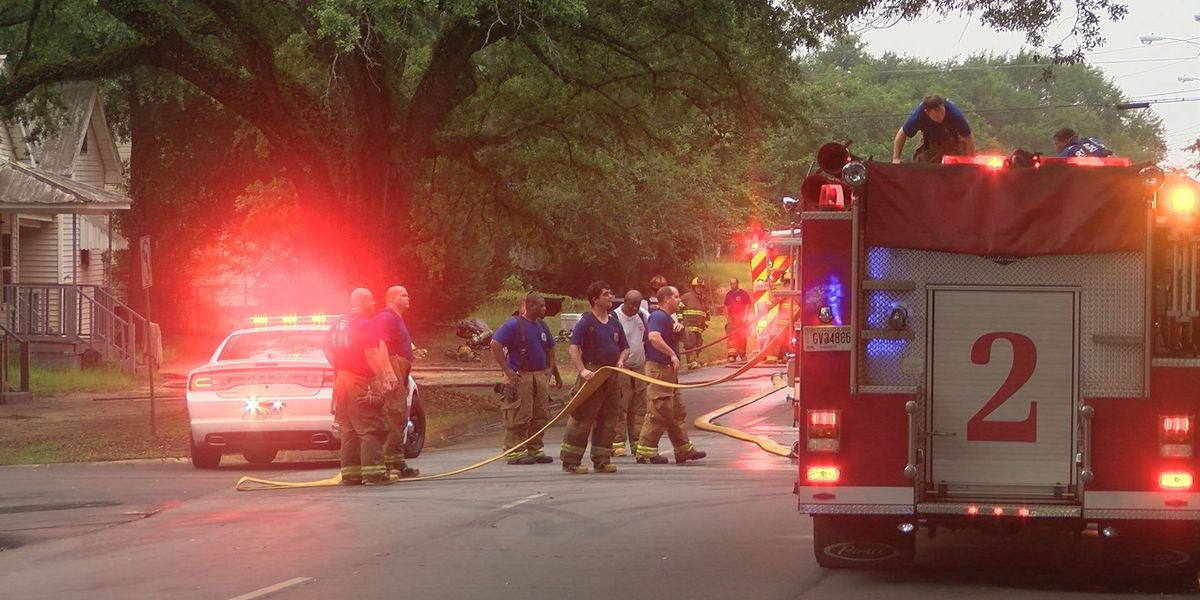South Albany fire leaves five displaced