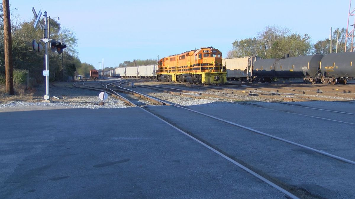 Albany Gas Prices >> Norfolk Southern wants several railroad crossings closed in Albany
