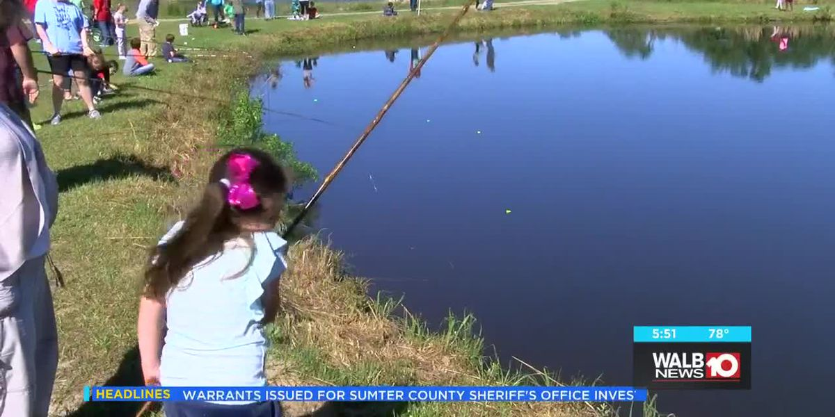 Special needs kids take part in Fish Rodeo in Lee County