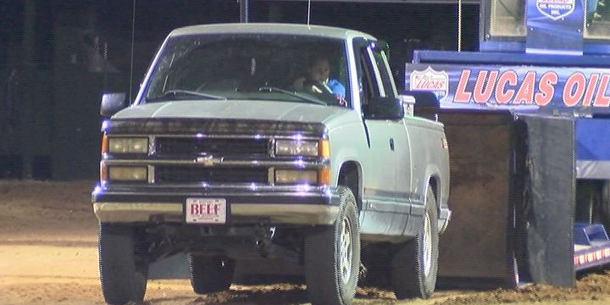 Truck and Tractor Pull kicks off in Tifton