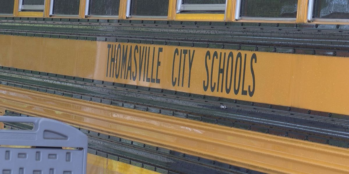 Thomasville City Schools extends superintendent offer