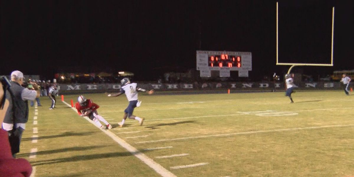 PLAY OF THE WEEK (12/4/18): Benyard makes the sideline catch