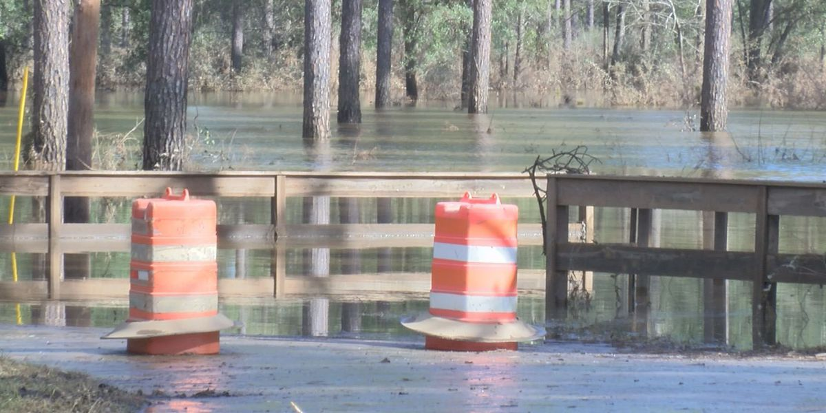 Baker Co. still dealing with flood waters