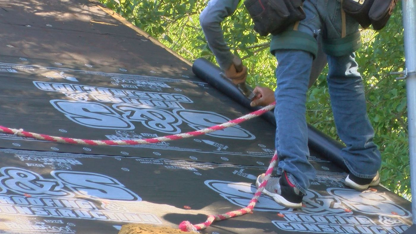 Albany Veteran Gets New Roof Thanks To Construction