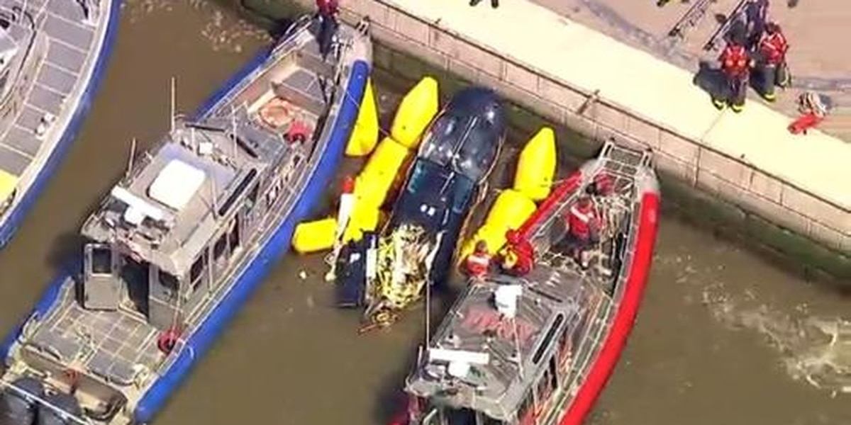 Witness describes how a helicopter crashed into the Hudson River
