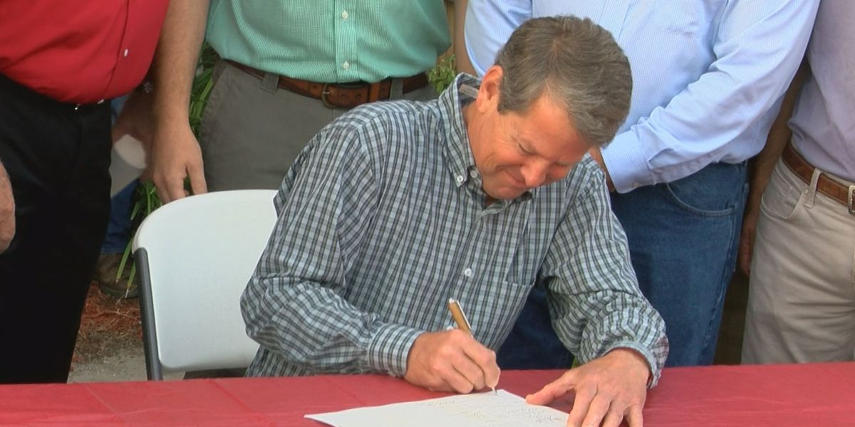 Gov. Kemp signs GA hemp farming bill