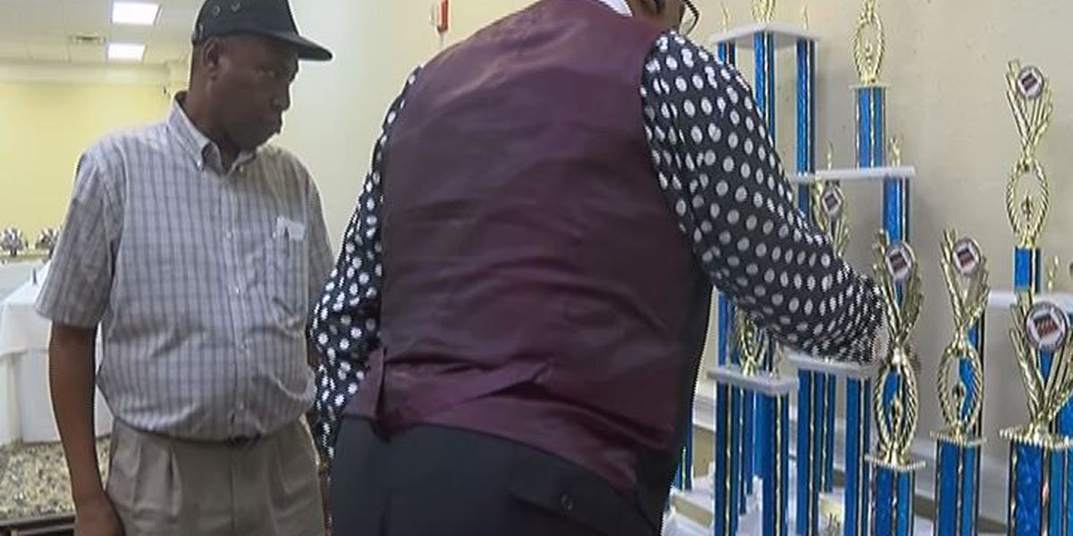 East Point man takes home trophy at American Pool Checkers Association
