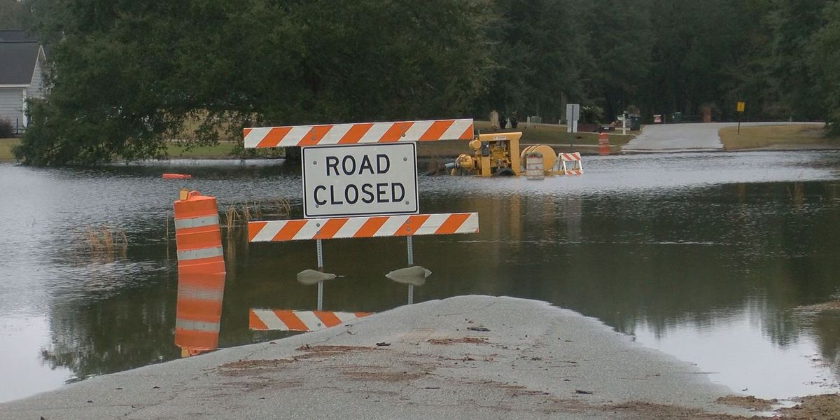 Lee Co. warns drivers about flooded roads