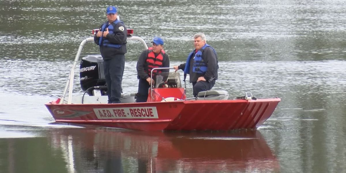 Body of missing boater found on Lake Chehaw after boat capsizes