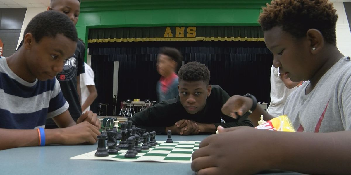 Albany Middle hosts first-ever Guys Night Out