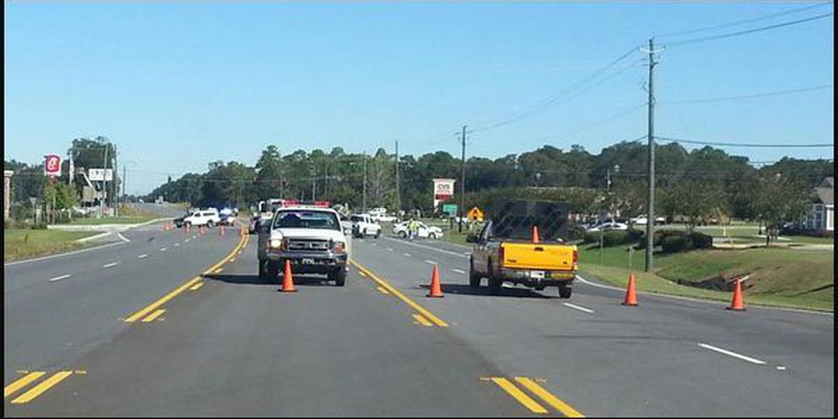 U.S. 19 lanes in Lee Co. closed due to crash