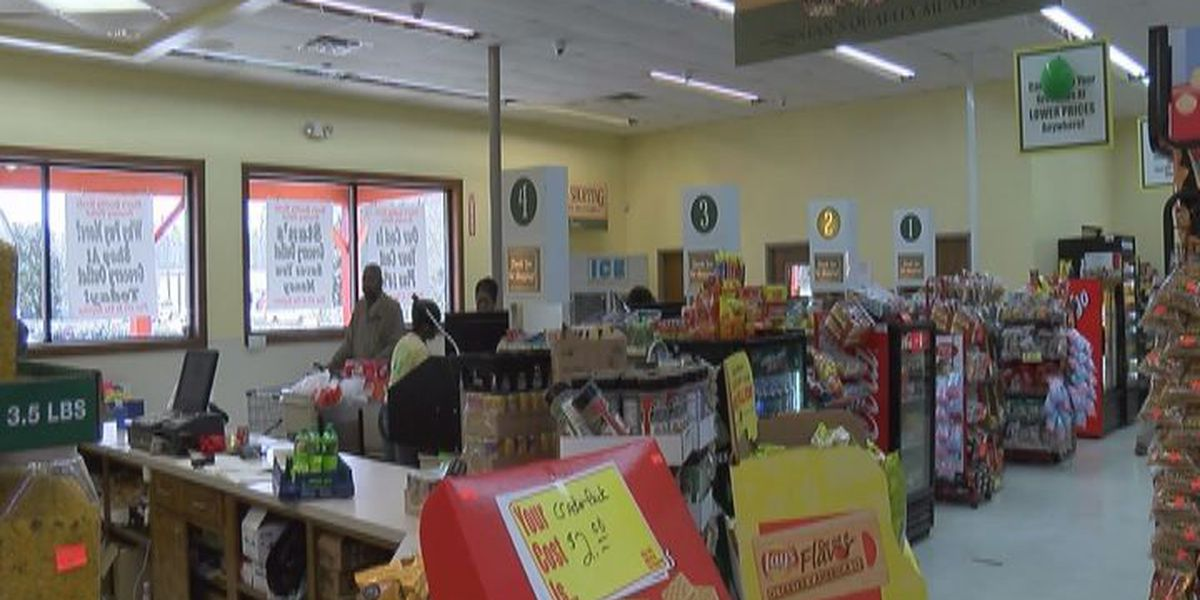 Cash mob helps benefit Valdosta economy