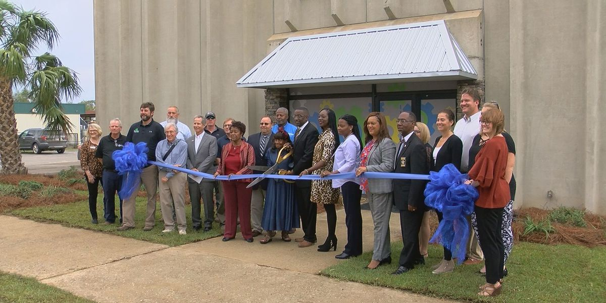 Dozens celebrate renovations at Albany Public Works building