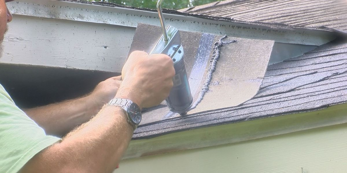 Volunteers from a Leesburg church repair homes around the county