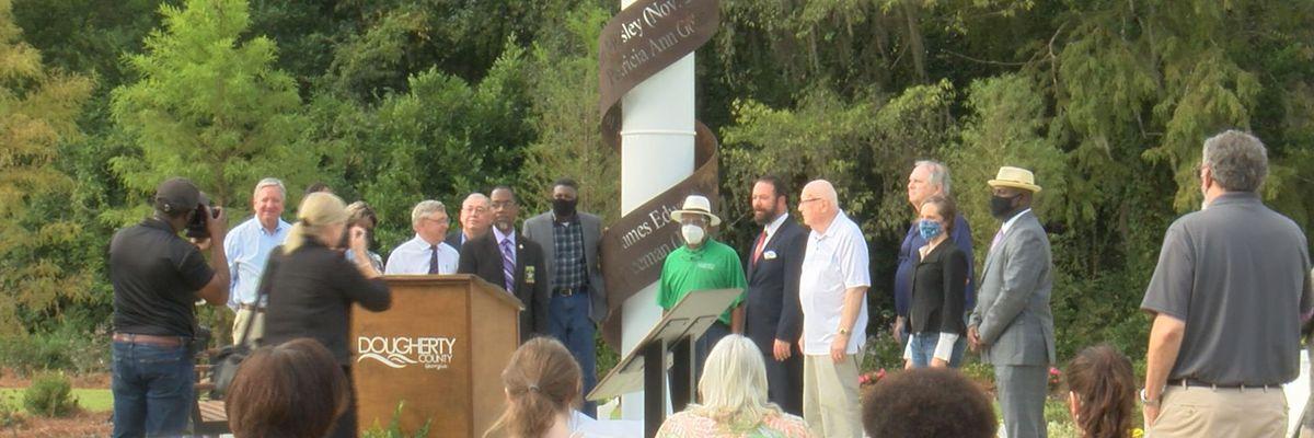Memorial honoring Jan. 2017 tornado victims unveiled at Radium Springs
