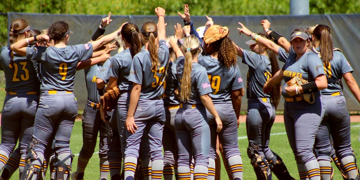 Softball Sweeps, Blast 24 Hits in Season Finale