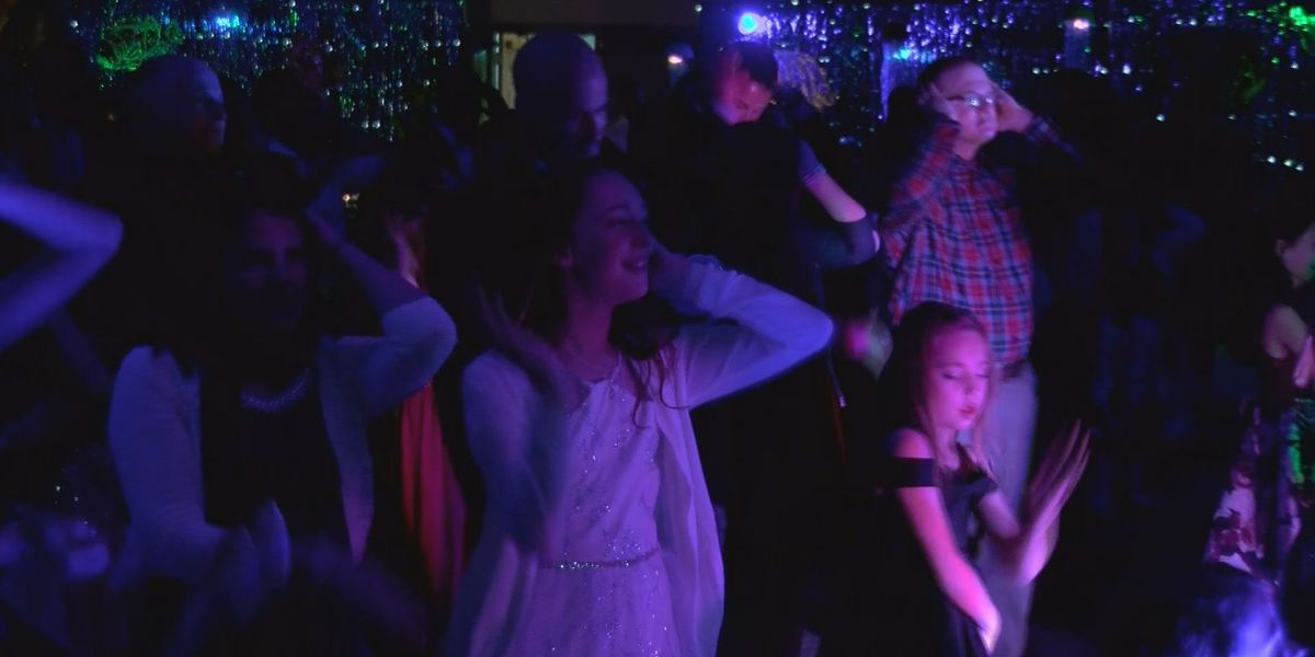 Lee Co. raise money for youth with Daddy Daughter Dance