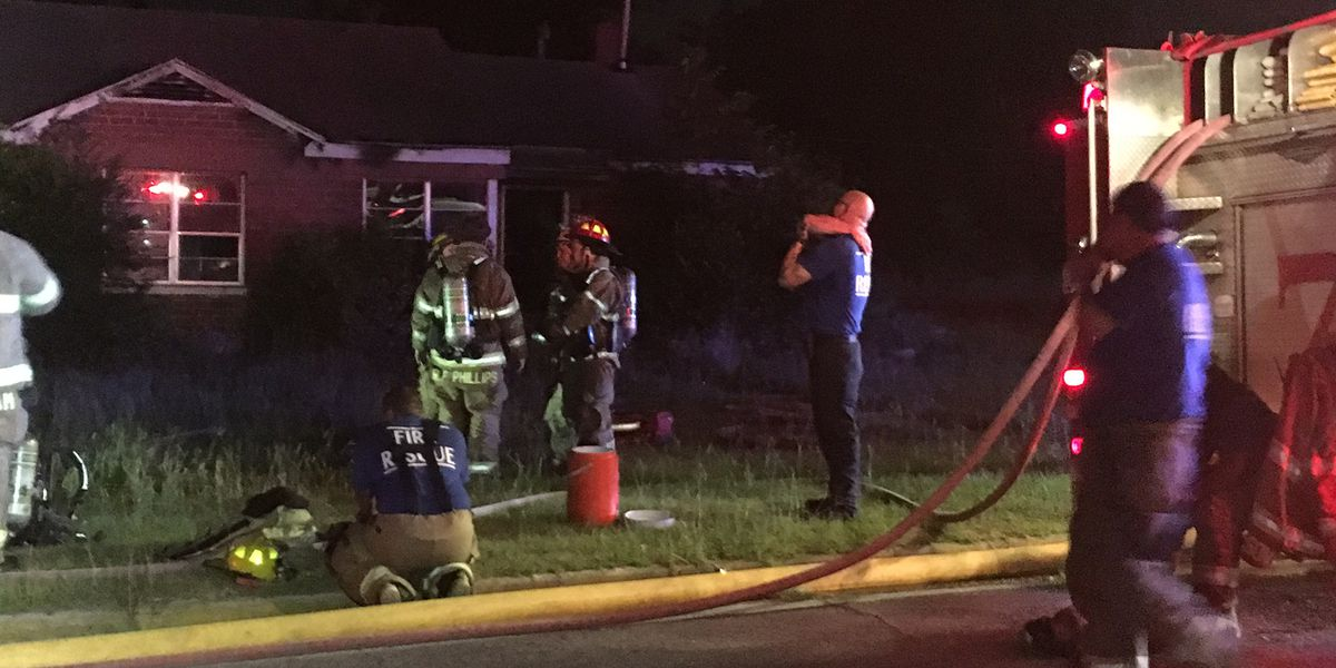 Crews respond to 2 Albany house fires
