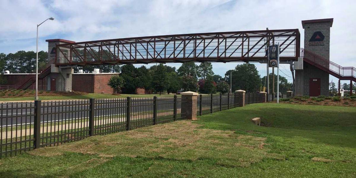 Albany Tech opens pedestrian bridge