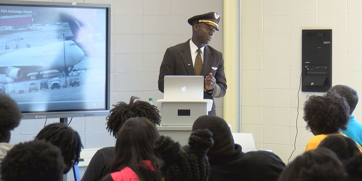 4C Academy hosts special speaker for aviation pathway