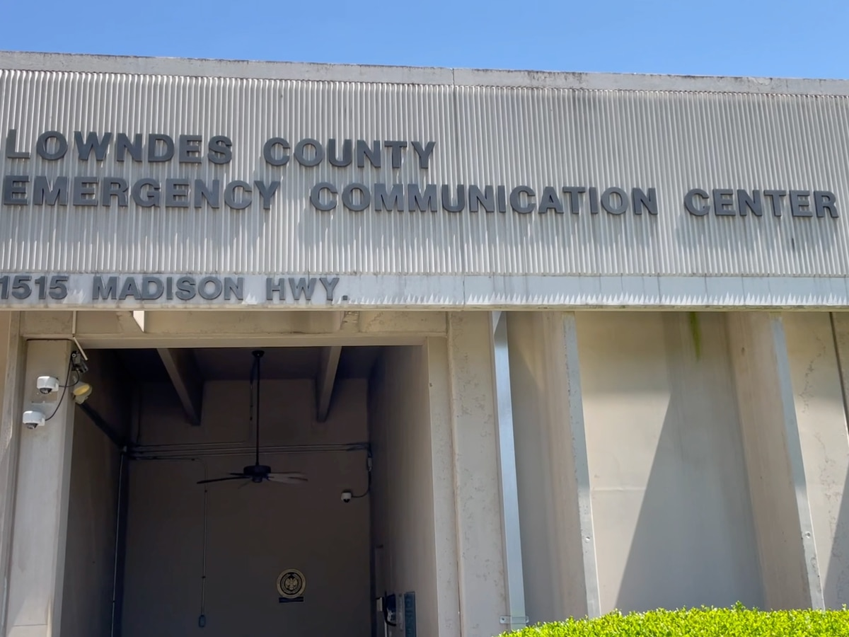 'Every call is different': Going behind the phone line at the Lowndes Co. 911 Center