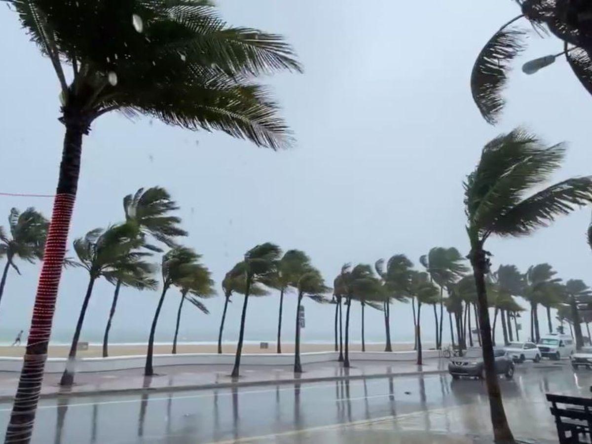 Isaias strengthens slightly as it crawls up Florida coast