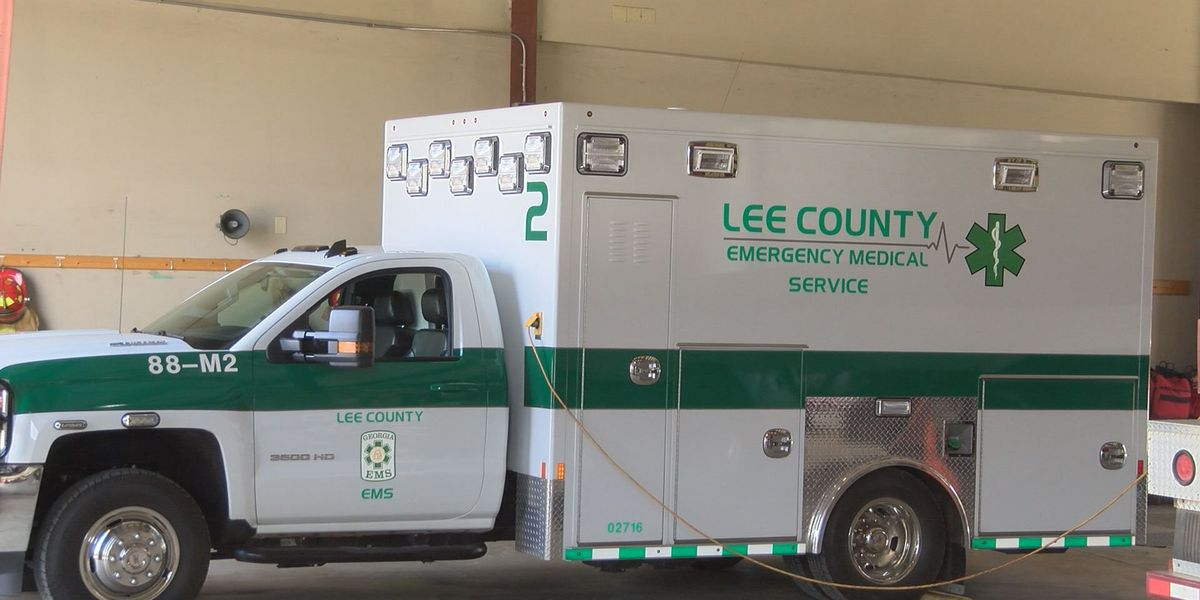Lee Commission meets to determine Co. Manager finalist