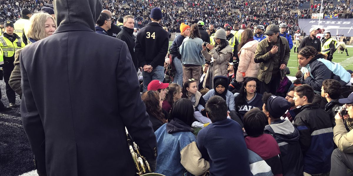 Harvard-Yale game delayed by student protest; 20-30 arrested