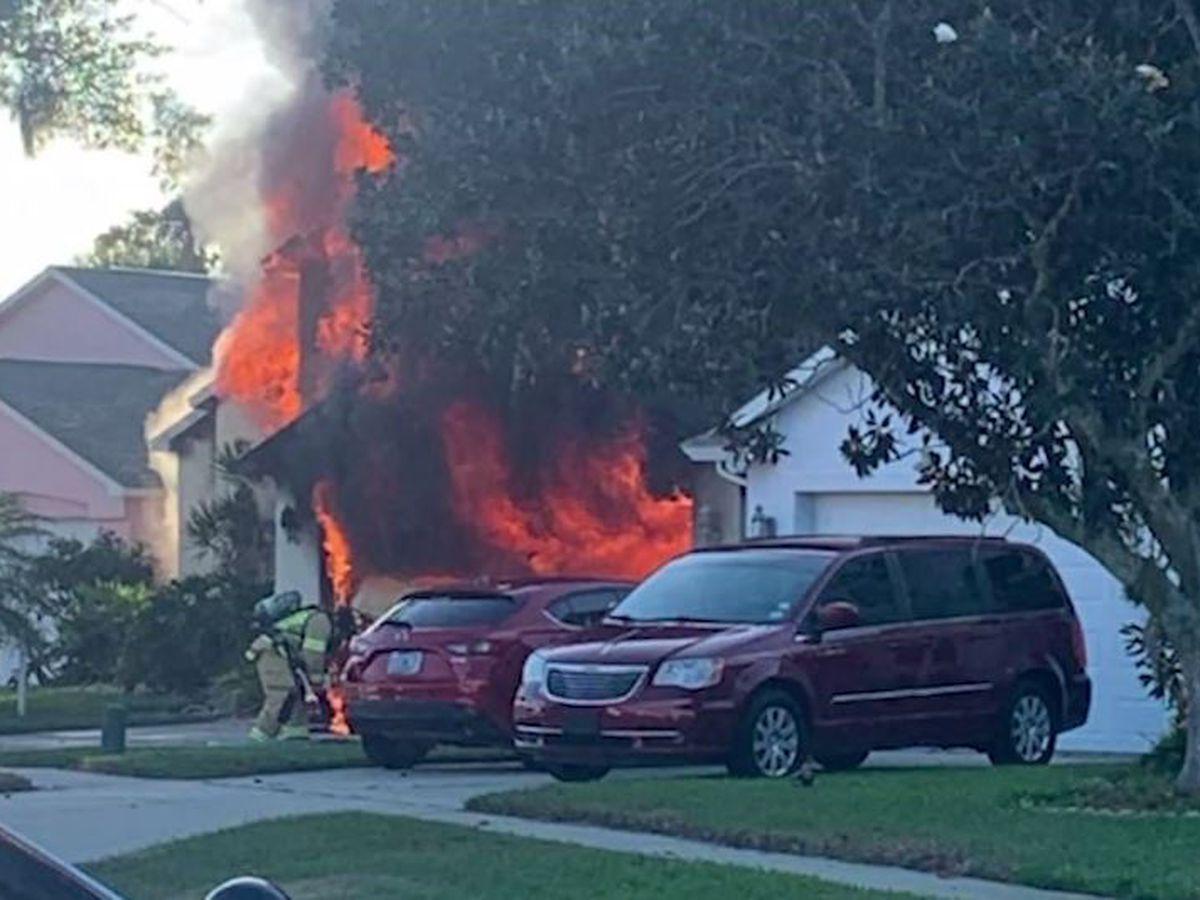 Amazon driver runs into burning Fla. home to rescue elderly man