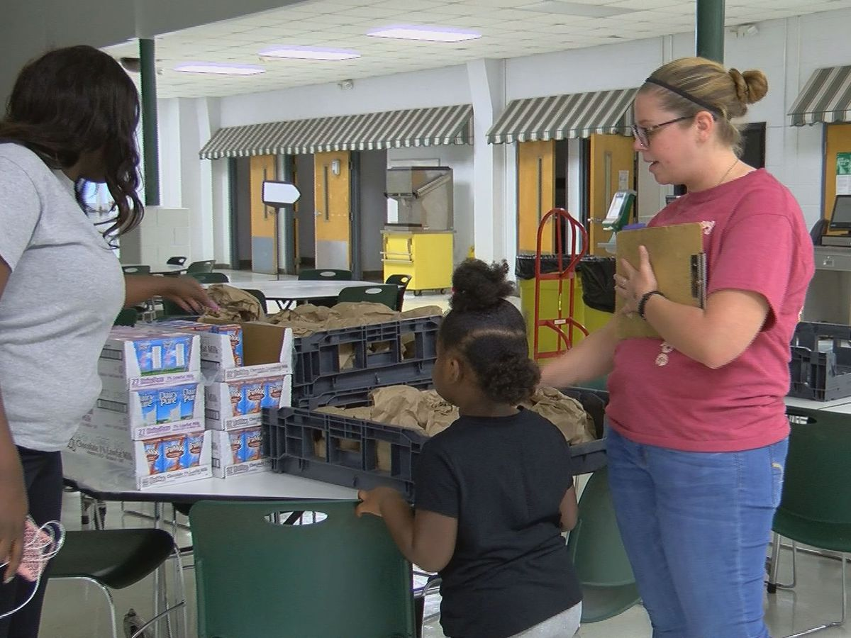 Second Harvest offers meals to Seminole Co. students while school is still out after Hurricane Michael