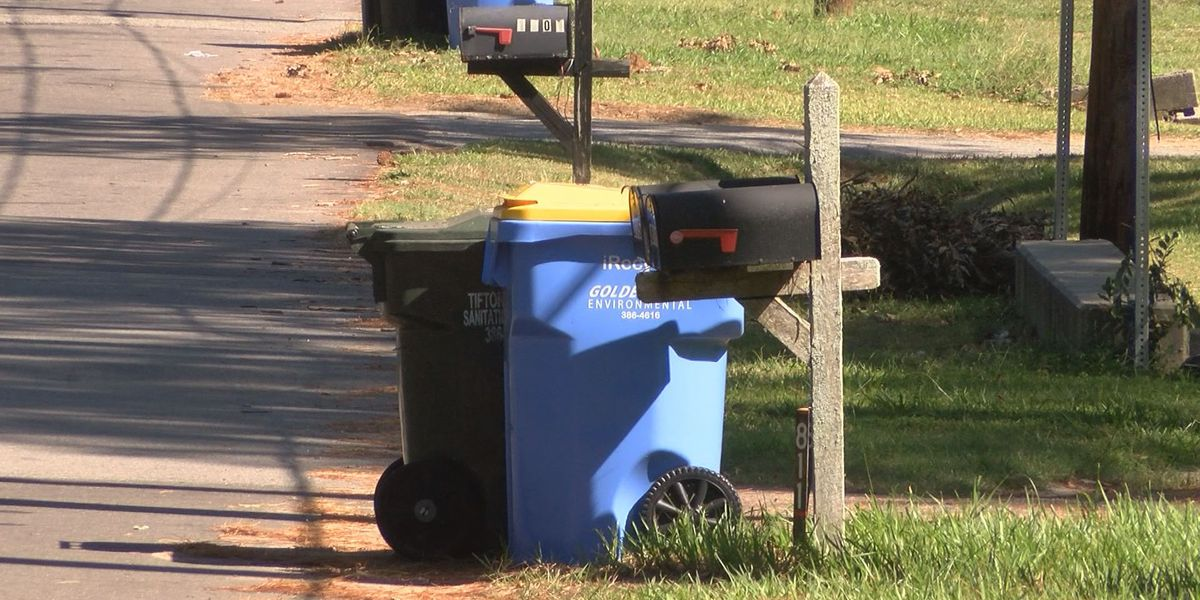 Tifton city leaders hear bids for waste management