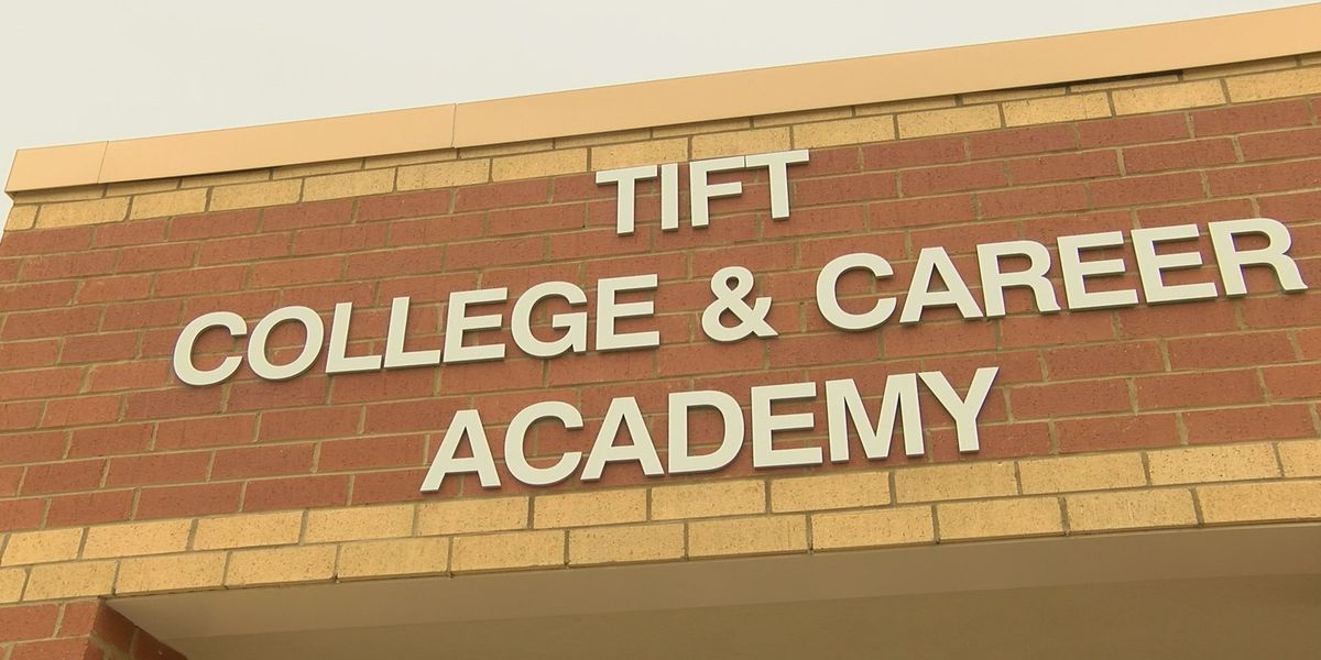 Tift Co. middle schoolers explore their future in career outlook program