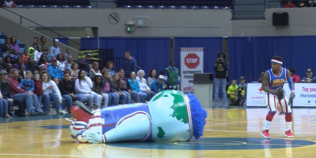 Harlem Globetrotters put on a show for SWGA fans