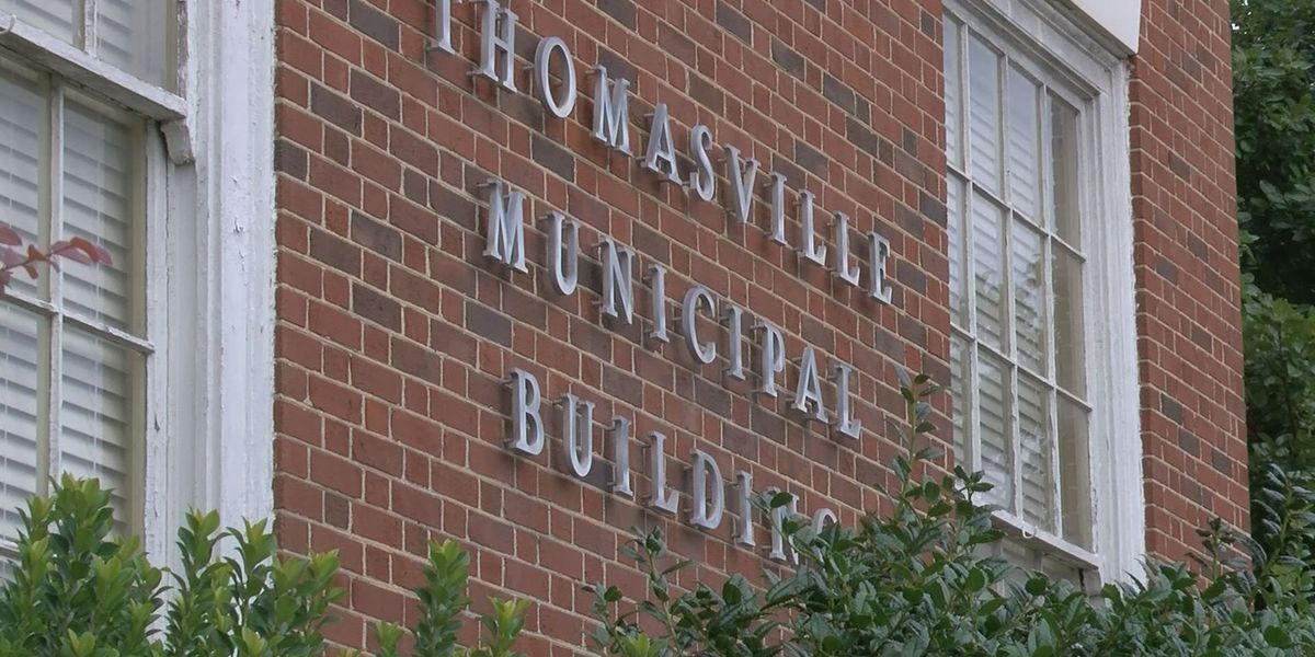 Thomasville council members address spending issue