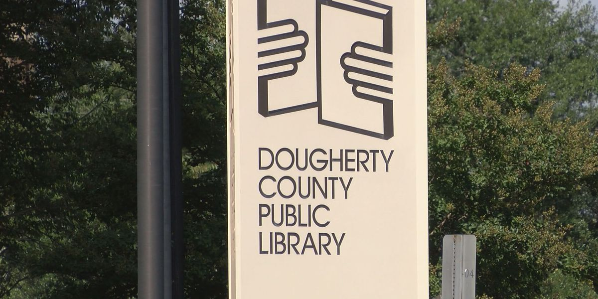 Dougherty Co. Library receives donation