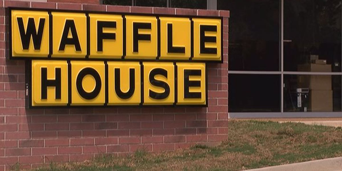 Waffle House opens in downtown Albany