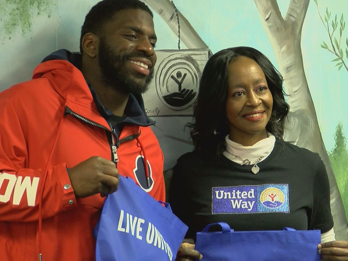 Larry Dean and the United Way to give away 100 free turkeys