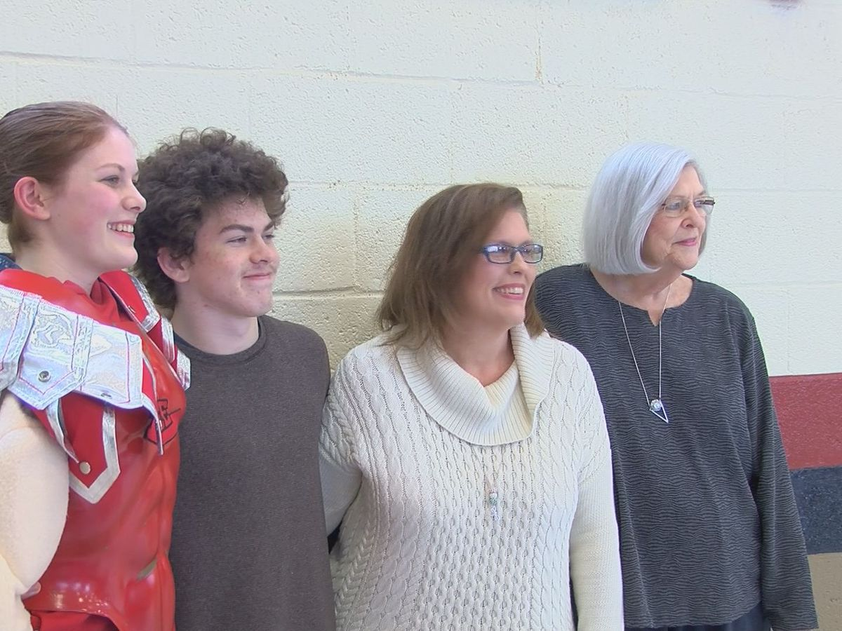 Lee County High School student gets a surprise visit