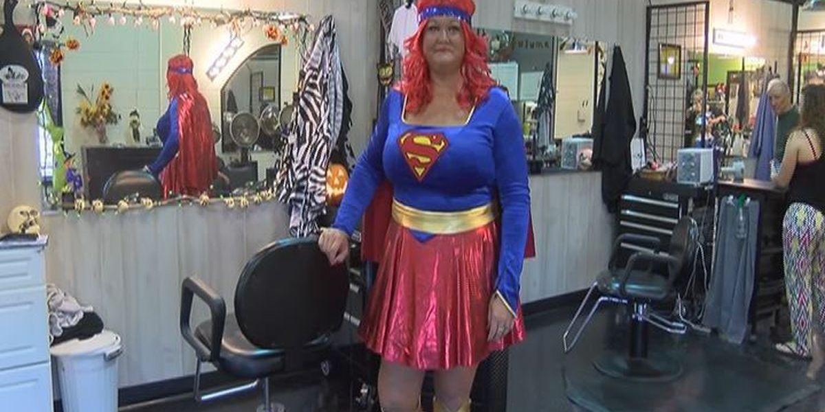 Lee Co. hairstylist takes Halloween seriously
